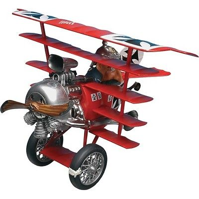 revell-851735-the-baron-and-his-funfdecker-fokker